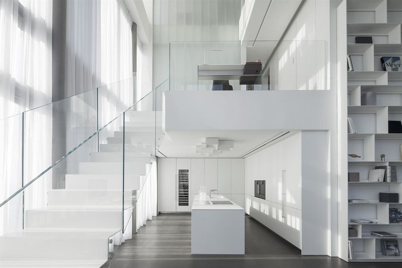 Square-Inspired Minimalist Penthouses