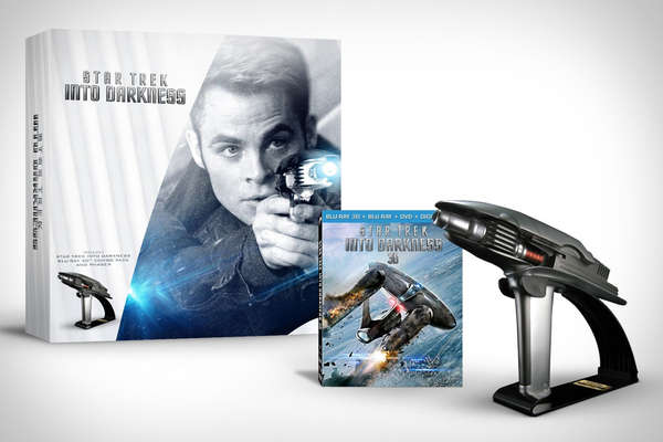 Star Trek into Darkness Starfleet Phaser Set