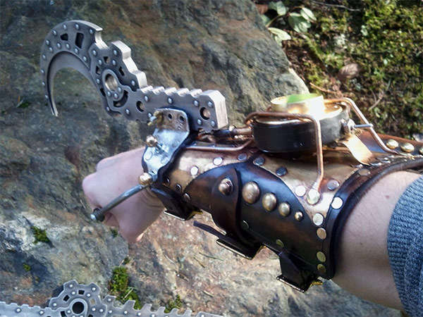 Gamer-Inspired Steampunk Gauntlets