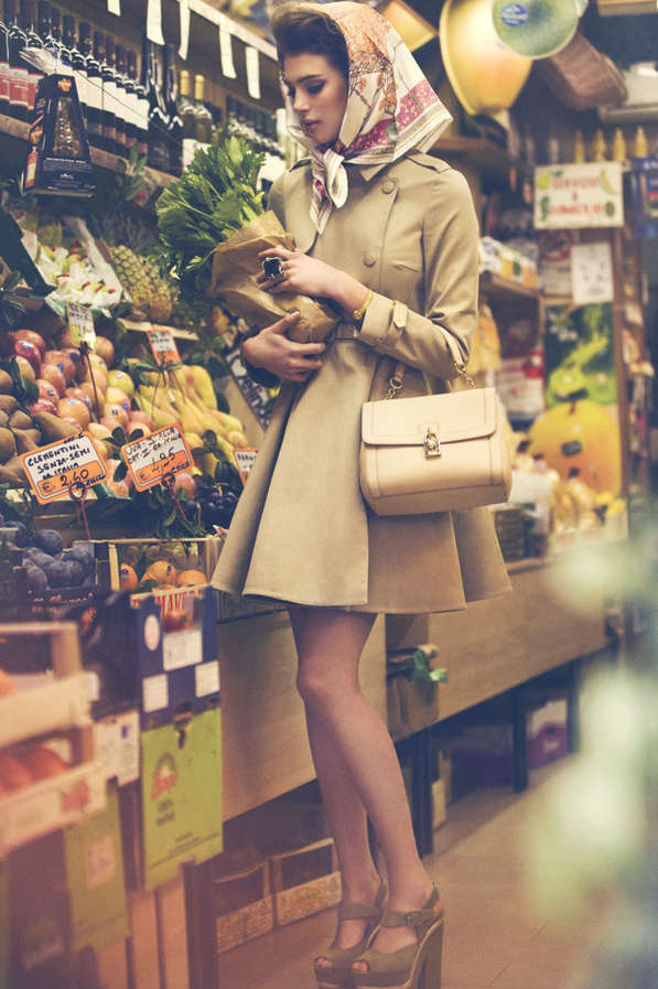 Sultry Shopping Lookbooks