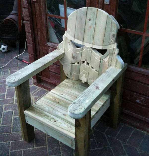 stormtrooper lawn chair
