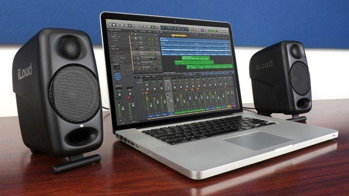 Portable Streaming Speakers