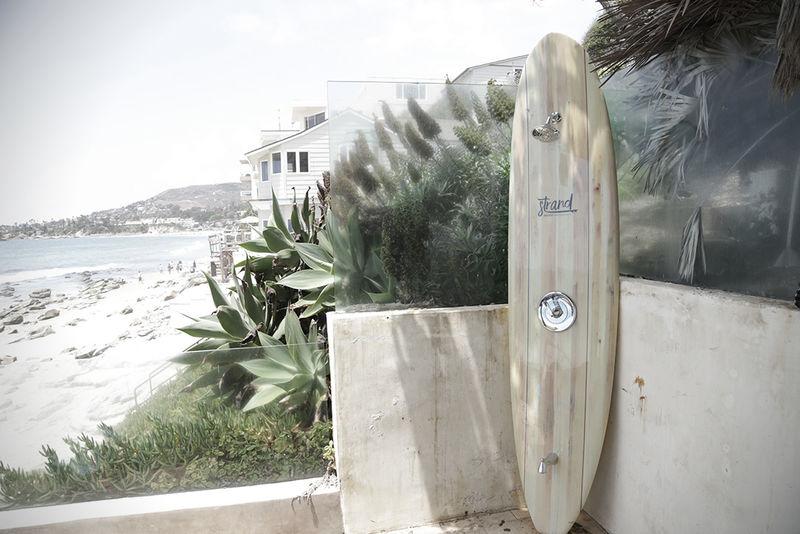 Outdoor Surfboard Showers