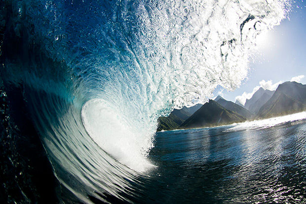 Surfing Wave Photos
