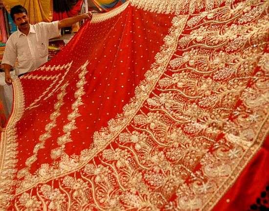 Tech-Savvy Indian Garments