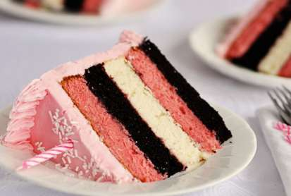 Sweet Tricolor Cakes