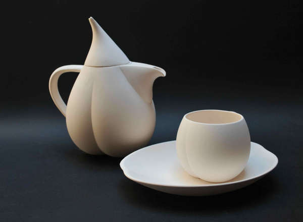 Physalis-Inspired Tableware
