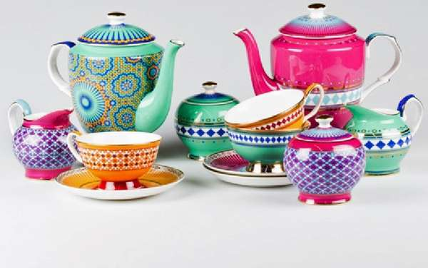 Vibrant Moroccan-Patterned Pottery