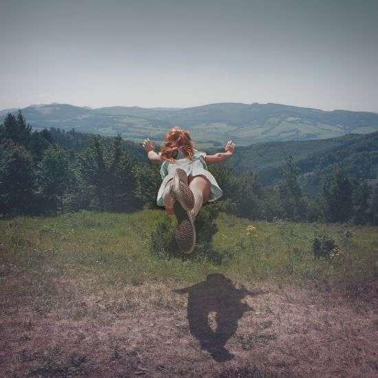 Floating Femme Photography