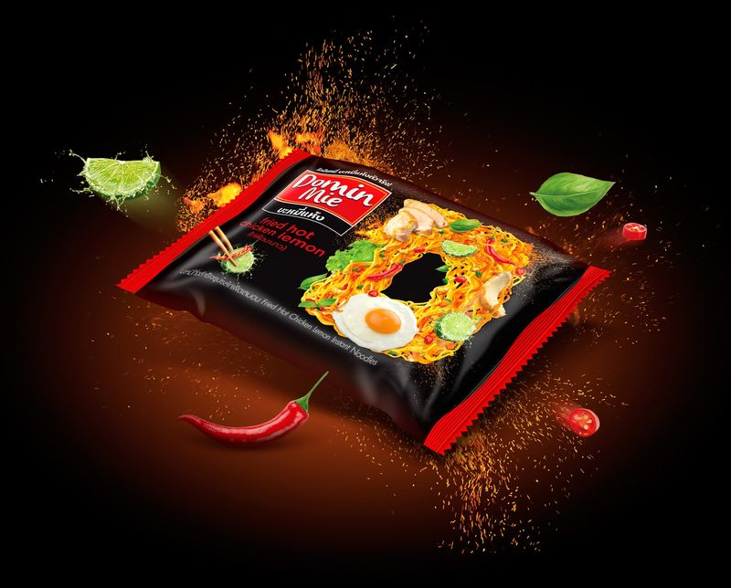 Typographic Noodle Packaging