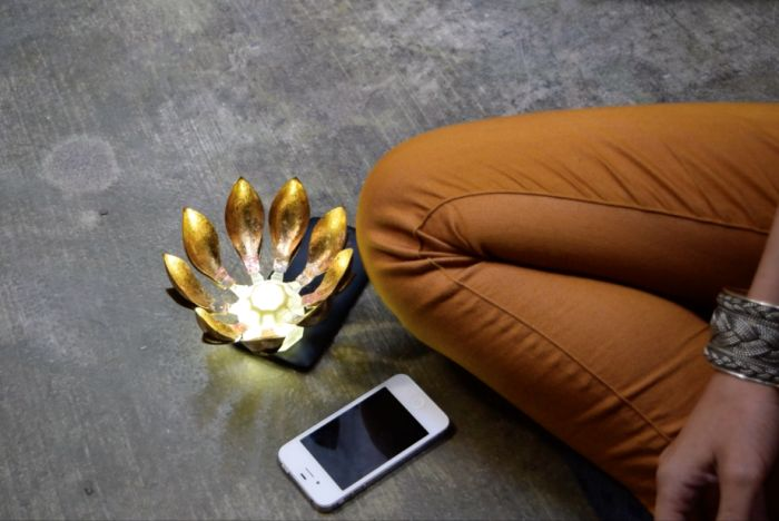 App-Connected Meditation Flowers