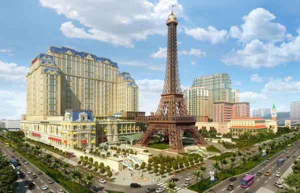 Mock Parisian Resorts