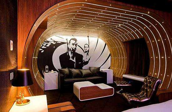 Luxe Secret Agent Chambers