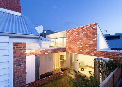 Maximized Sunlight Pivot Homes