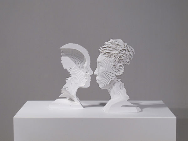 Illusionary Coupled Busts