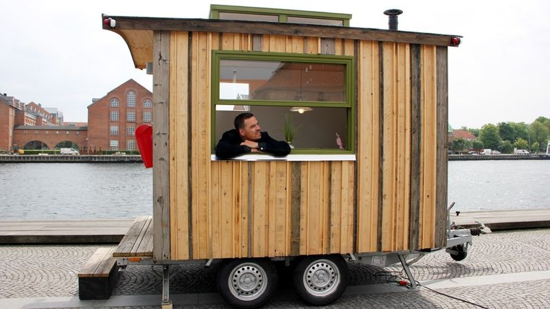 Portable Tiny Offices
