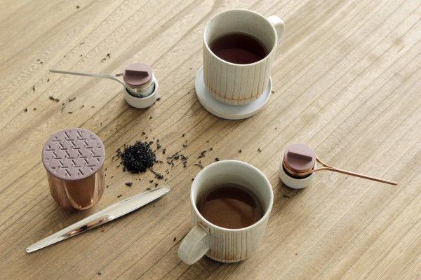 Woven Metal Tea Accessories