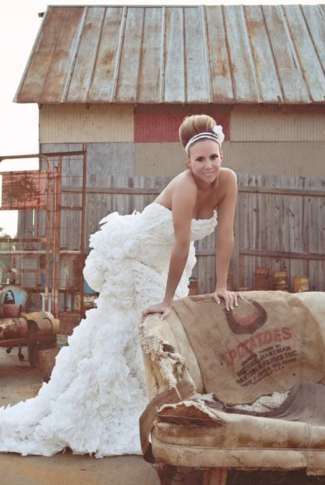 Bathroom-Wipe Wedding Dresses