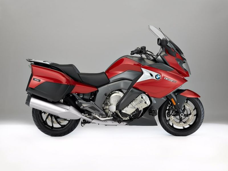 Aerodynamic Touring Motorbikes