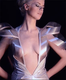 Pulse-Sensing Transparent Dresses