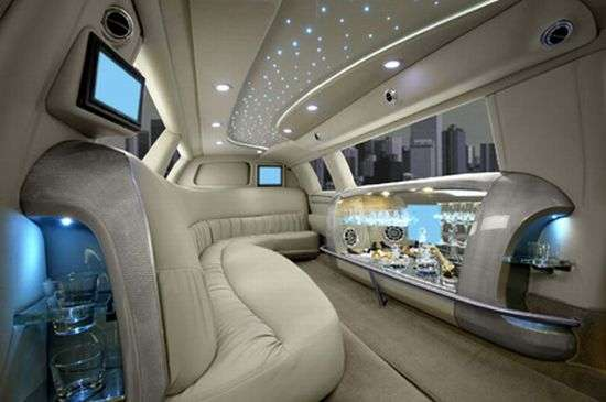 Swanky Vip Rooms On Wheels Luxury Limousine Interiors