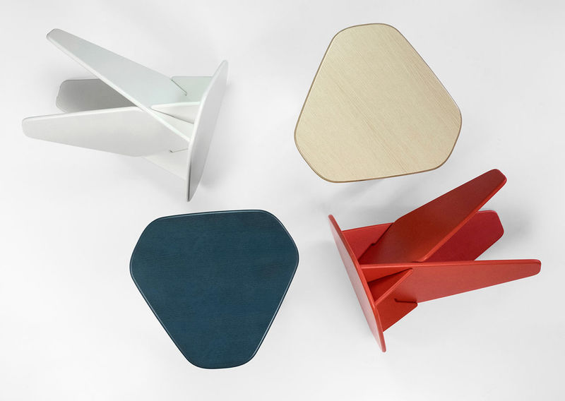 Flat-Pack Triangle Tables