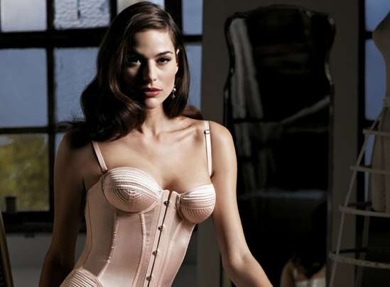 Poised Lingerie Lookbooks