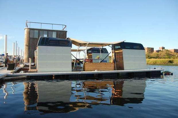 Floating Automotive Hotels