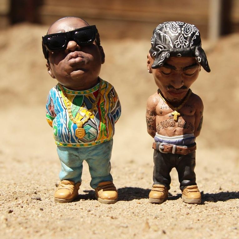 Hyperrealistic Hip-Hop Sculptures : tupac and biggie art