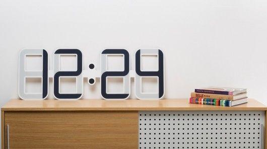 Ingenious E-Ink Clocks