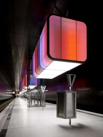 U-Bahnhof by Pfarre Lighting Design