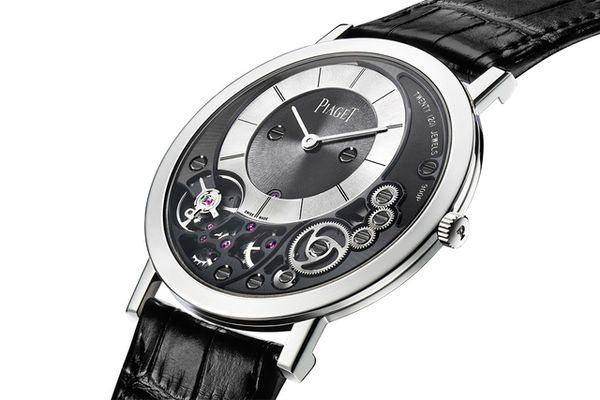 Refined Slender Mechanical Timepieces
