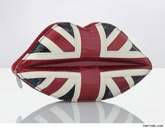Lip-Shaped Flag Totes