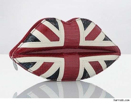 Lip-Shaped Flag Totes