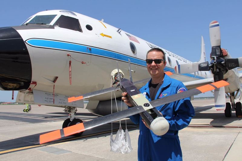 Hurricane-Analyzing Drones