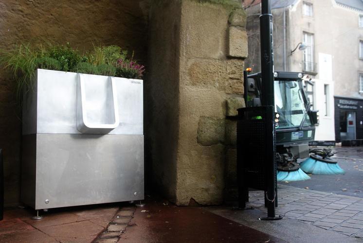 Plant-Fertilizing Urinals