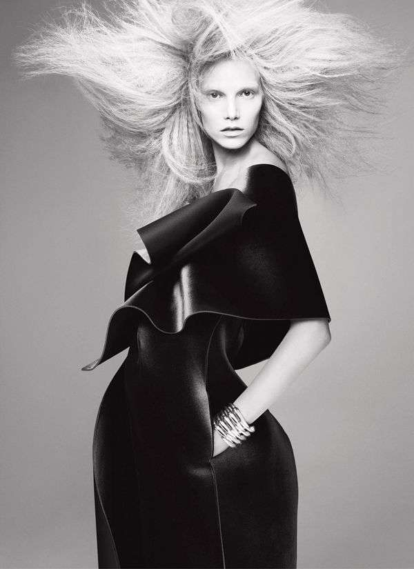 Hair-Raised Fashion Editorials : V Magazine Editorial