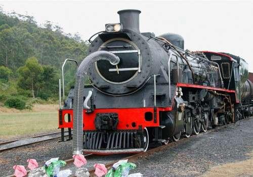 Trash Pick Up Eco Trains Vacuum Cleaner Rail Engine