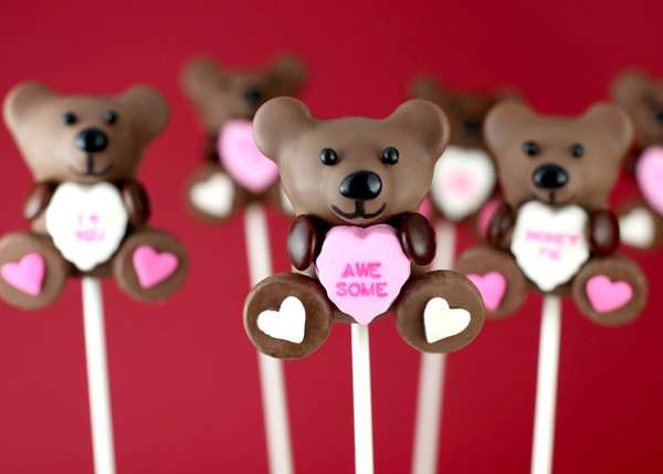 Heart-Toting Tiny Treats