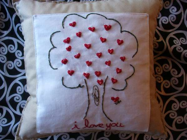 Valentine's Day Pillows - WalktheTalk Cushion Proclaims I Love You ...