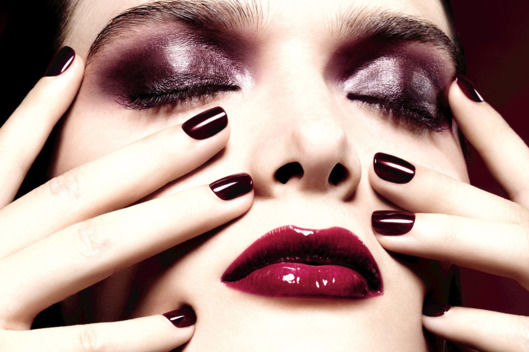 Vampy Holiday Makeup Collections