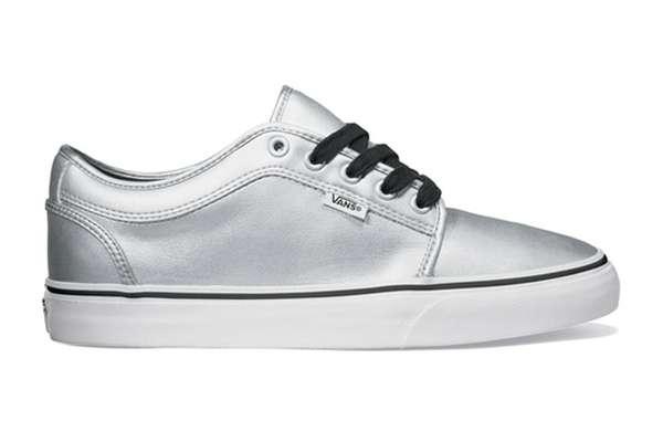 Sterling Skater Kicks