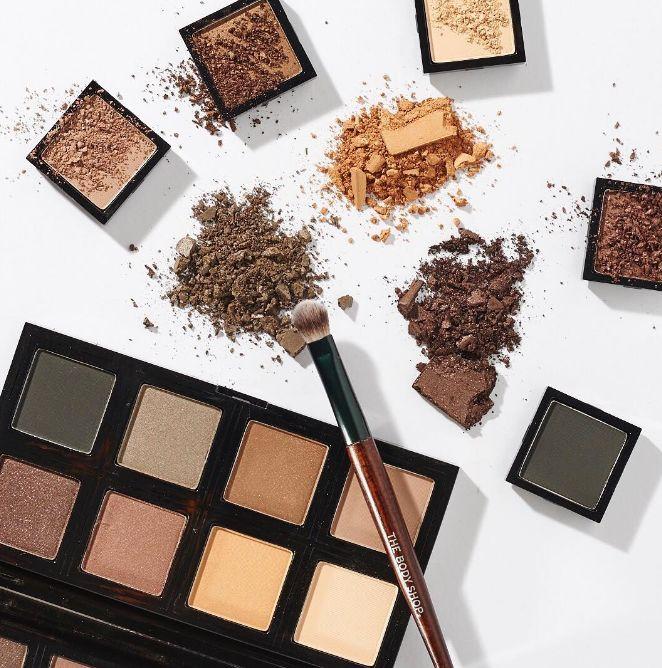 Plant-Based Makeup Palettes