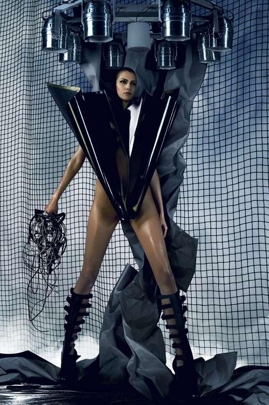 Futuristic V-Shaped Fashion
