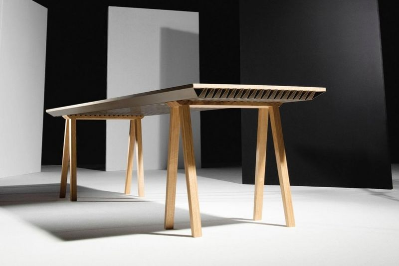 Room-Cooling Dining Tables