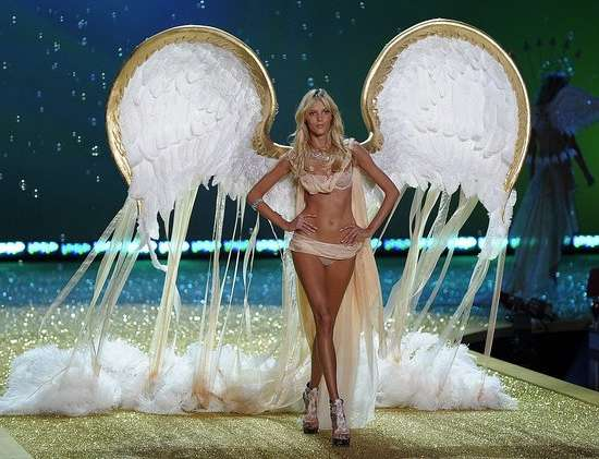Avant-Garde Angel Wings
