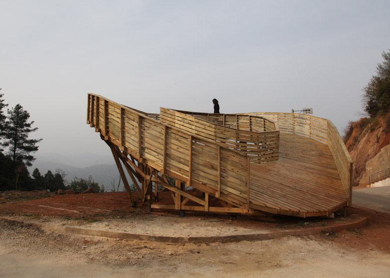 Communal Wooden Podiums