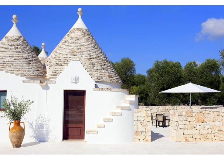 Intimate Holiday Villas