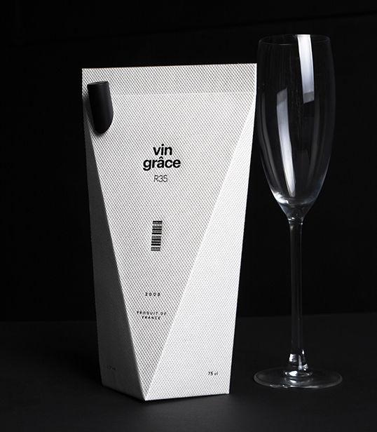 Elegant Boxed Wine Branding