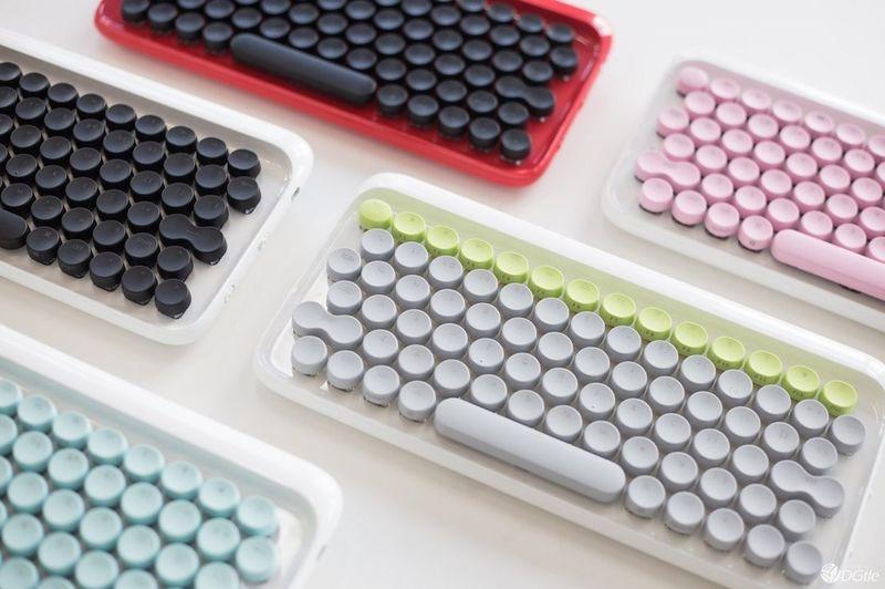 Typewriter Keyboard Peripherals